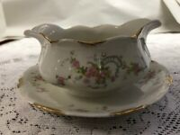 Warwick - Old Abbey - Gravy Boat with Attached Underplate - Pink Roses