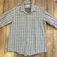 Orvis Men's Large Shirt Vintage Plaid Gray Flannel Heavy Plaid Cotton USA Made