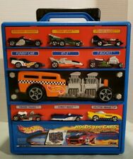 HOT WHEELS Deluxe Take A Long Case w/Play Mat Stores 100 Cars Mattel 2002