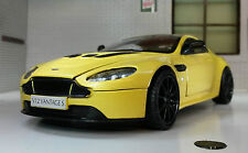 Aston Martin V12 Vantage S (2014) Yellow 1 24 Motormax Mx79322ye