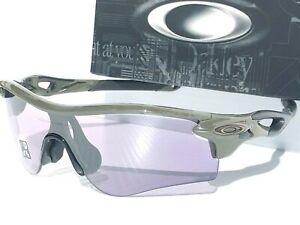 NEW* Oakley RADARLOCK Path Olive PHOTOCHROMIC Clear Lens Sunglass 9206 49