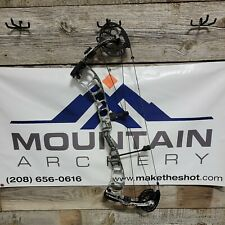 New listing Prime Logic RH 70lbs  Compound Bow Elevated 2 Camo