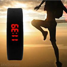Damen Herren Gummi LED Armbanduhren Date Sportuhr Bracelet Digital Wrist Watch