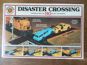 Bachmann Disaster Crossing HO Scale
