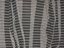 tissu maille  jersey  viscose rayé   en 160 cm de large au mètre
