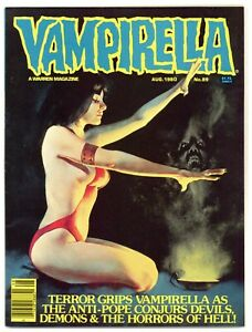 Vampirella 89 creepy painted cover! Vampire from space! 1980 Warren A200