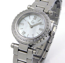 GUESS COLLECTION LADIES SWISS 32 DIAMONDS MOTHER OF PEARL SAPPHIRE X70105L1S