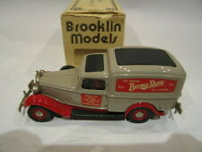 1/43 BROOKLIN 16 DODGE VAN BURMA SHAVE 1935