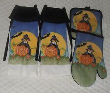 Set of 4 Cat & Pumpkin Halloween Design Hanging Towel with Black Quilted Tie Top