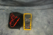FLUKE 179 TRUE RMS MULTIMETER with Case