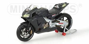 Honda RC211V Pré-saison Test Bike Valentino Rossi 2002 1:12 Model Minichamps
