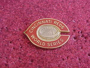 1975 Cincinnati Reds World Series Media Press Pin - Boston Red Sox