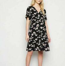 BNWT New Look Black Floral Maternity Wrap Dress Size 10