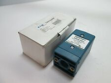 New In Box Eaton Opcon 882B-6501 DC Control Module, Input: 10-30VDC, Output: NPN
