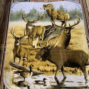 """Robert Hautman Blanket Twin Wildlife Deer Moose Raschel Plush 92"""" x 79"""" Fleece"""