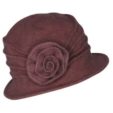 Chapeau cloche vieux rose