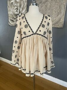 FATE Embroidered Dress XSmall Black Long Sleeve Flare Bell Boho Fitted Festival