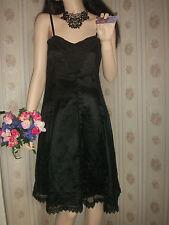 tres belle robe en dentelle sèxy noire soirèè ,cocktail ,bal ,thèatre cèremonie