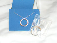 AVON Two Tone Eternity Circle Rhinestone Necklace Earring Set 2007 NIB AV3