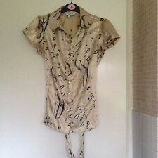 New Look Gold Leopard Pattern Short Sleeved Shirt Size 10