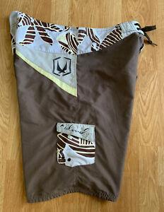 RARE Vintage Brown REDSAND Surf Board Shorts Hawaiian Palm Trees PatchWork Sz 38