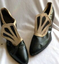 Vintage 1910s Black & White Leather Shoes Heels Size 5 1/2