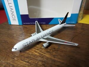 1/400 All Nippon Airways (ANA) B767-300 JA614A STAR ALLIANCE