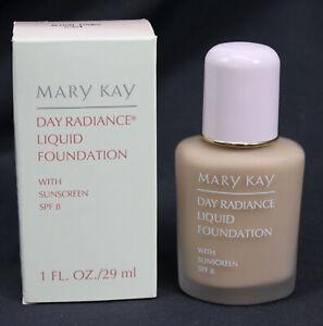 Mary Kay Day Radiance Liquid Foundation New Boxed NOS Authentic Blush Ivory 6324