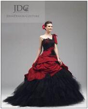 Zweifarbiges Weinrot Schwarz Brautkleid Bordeauxrot robe de marié Ein-Schulter