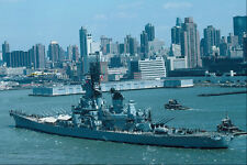 795036 BB 61 USS Iowa New York Harbor USA A4 Photo Print