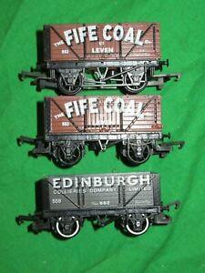 Hornby OO gauge 2 Fife Coal end tipping wagons & Edinburgh Collieries 7 plank