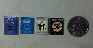 Dollhouse Miniature Halloween Witchcraft Witch Books 1:12  F51A  Dollys Gallery