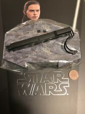 Hot Toys Star Wars TLJ Rey Jedi Training Ver Figure Stand loose 1/6th scale