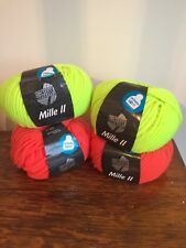 Fluorescent Chunky yarn - 4 balls