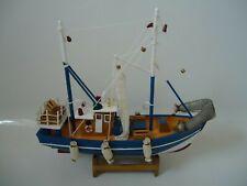 Modelo Barco Cutty Sark en soporte de madera hecha de un montón de detalles-marítima//barco