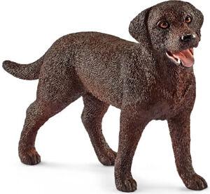 SHL13834 - Figurine of the Universe Of Animals of The Farm - Labrador Retriever