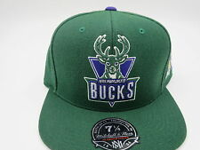 Milwaukee Bucks GreenThrowback NBA Mitchell & Ness Hi Crown Fitted Hat Cap 7 1/4