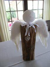 Engel mit Federflügel