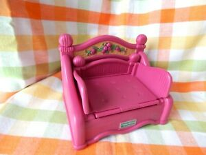 VINTAGE FISHER PRICE BRIARBERRY BEARS - PINK FOLD OUT SOFA BED