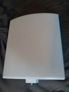 2.4 GHz 10 dBi directional panel antenna for WiFi Extension
