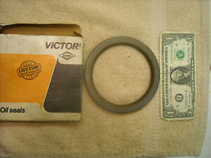 Victor / Dana 47868 RM seal for Case 148, 159, 188, 207 engines, 480, 580, 1845