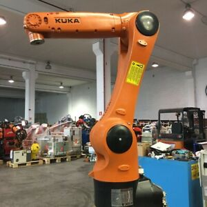 KUKA AGILUS KR6R700 Sixx new with KUKA warranty