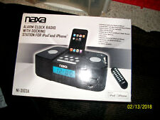 naxa alarm clack radio with docking station for i phone and ipod new