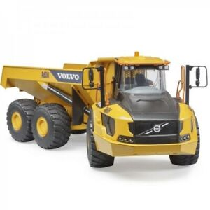NEW Volvo Multifunctional Bruder A60H Articulated Hauler Vehicles 3+years