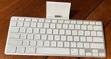Apple iPad Keyboard Dock A1359