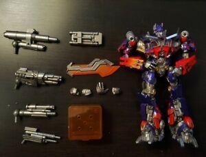 Kaiyodo SCI-FI Revoltech No.030 Optimus Prime Dark of The Moon US Seller