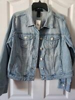 Size 14 Lane Bryant Women's Plus 6 pockets! Denim Jacket Light Color Denim NWT