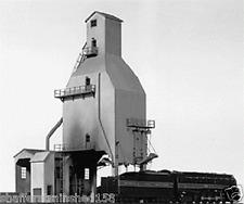 Tichy Train  # 7010 400-Ton Concrete Coaling Tower  HO Scale MIB