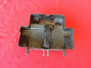 Ducati 998 Bj2002 996 916 748  Werkzeugfach Bordwerkzeug Werkzeug