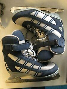 Jackson Softec Figure skates - Size 3